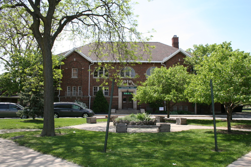 Thomas Jefferson Park Fieldhouse