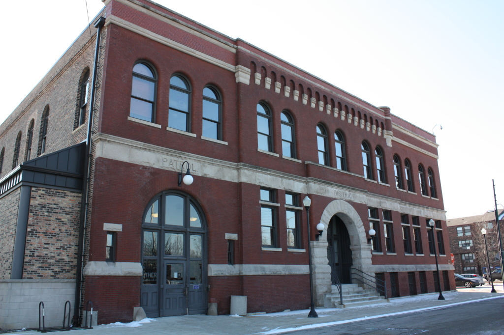 Former 7th District Police Station at 949 W Maxwell Street