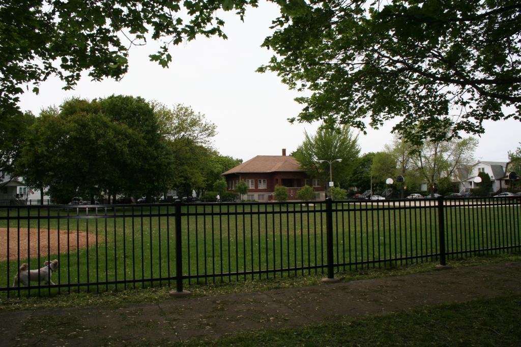 Gladstone-Park-2