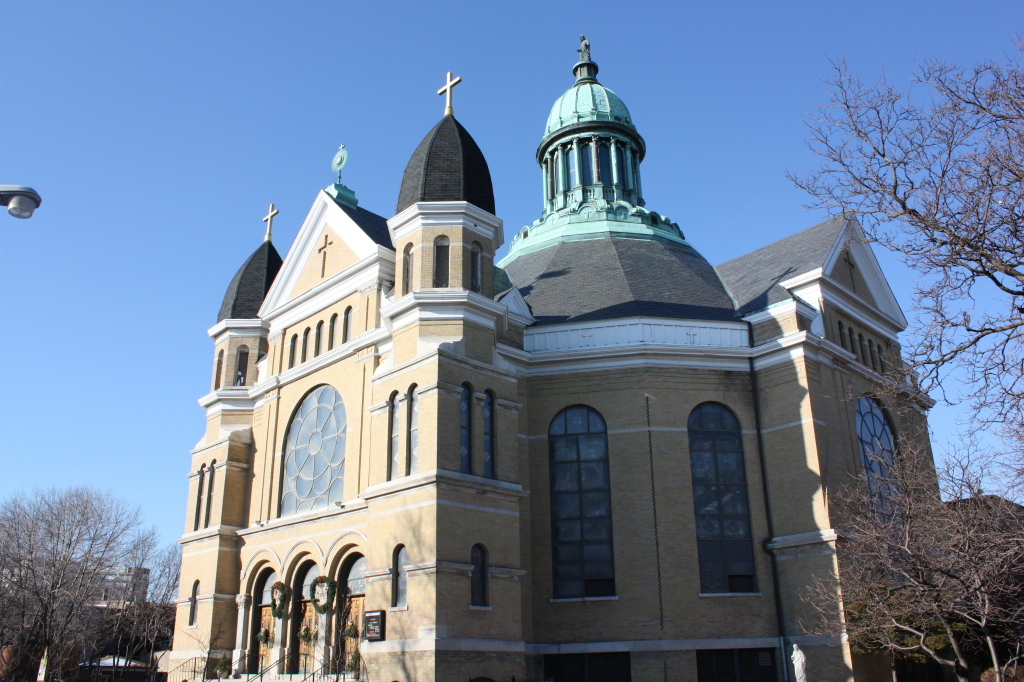 Notre Dame de Chicago Church
