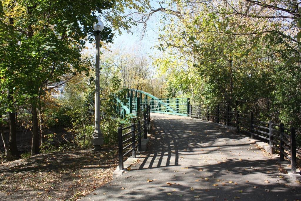 River walk bridge into Eugene Field Park