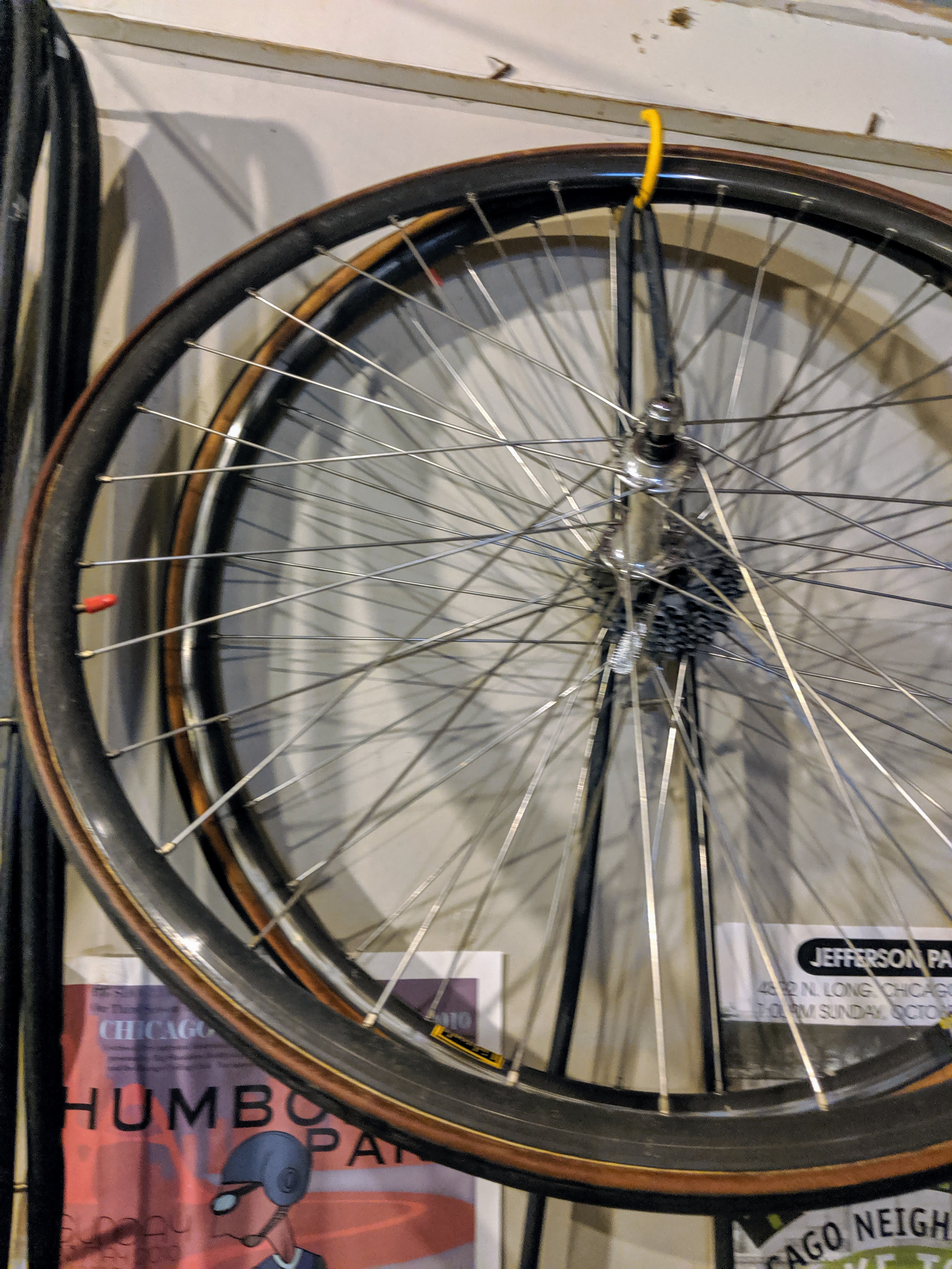 Mavic-tubular-wheelset-Campy-hubs